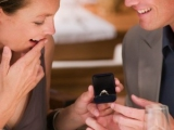 """設""""技""""三步讓男人主動求婚"""