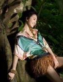 桂綸鎂熱帶雨林拍寫真