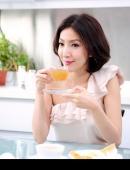 高清:楊謹華受廣告商青睐 敗犬女王展美肌魅力