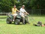 懶人割草的方法