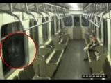 地鐵裡有鬼?窗外反覆出現女子的臉