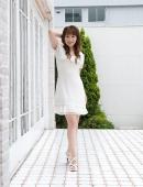 白衣顯清純