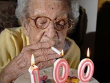 醫生昨天和我說,我不能再抽煙了!於是我決定在我生日這天戒菸。