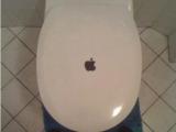 蘋果也出翻蓋的! 大家幫它取個名字吧~