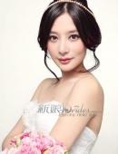 熊乃瑾爲某雜志拍攝了一組新娘造型寫真