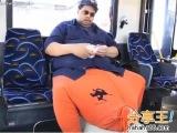 美國男罹怪病 「睪丸」重45公斤!