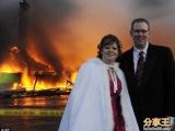 婚禮開始前飯店大火 新人火場宣誓完婚
