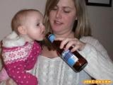 寶寶也喝酒