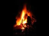 營火會中的鬼魂
