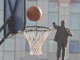 國父打籃球的英姿