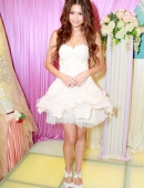 高清:周秀娜婚紗洋裝亮相 傲人身材極度搶鏡