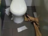 喝醉酒的結果-廁所