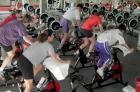 去健身房運動,你會先用哪種運動器材?