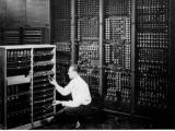 世界上第一部電腦是怎樣,幾時製造???