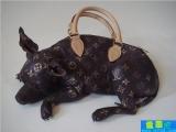 小豬形狀的富貴包