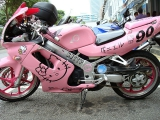 Hello Kitty 摩托車