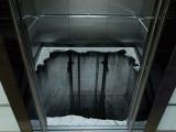 電梯裡放這樣一張地毯你敢進去嗎?