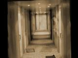 酒店房間門前的幽靈