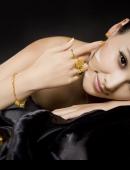 王馨漪珠寶代言貴氣逼人