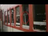 列車窗外的鬼面孔