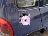 油箱蓋壞了,所以我只能這樣弄