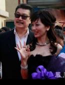 《活該你單身》首映紅毯陣容強大 趙雅芝攜夫驚豔亮相