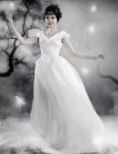 大S、何潤東唯美婚紗照
