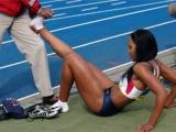 小腿抽筋急救法