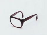 我想到了一個很有深度的問題:在眼鏡被發明之前,眼鏡蛇叫什麼呢~~~