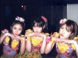 三個美少女吸引男鬼