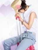 高清:王珞丹清新靓麗登封面 講述快樂生活