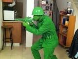 無人能及的反斗奇兵服裝 XD