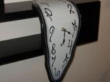 熱到我們家的時鐘都溶化