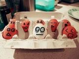 看看雞蛋都在想什麼呢
