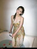 極品混血兒美女珊娜浴缸濕身寫真